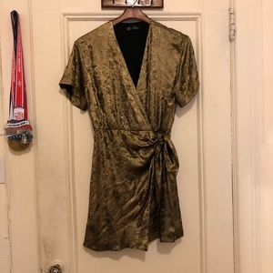 Zara gold metallic wrap dress mini, Size L